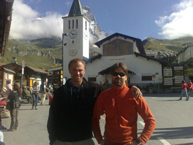 Alps 2008 - Tomas & Per in front on the church in Cervinia